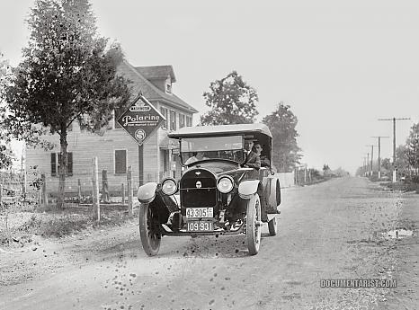 Tulsa car. 1920 http://www.pinterest.com/addgal/1920s/
