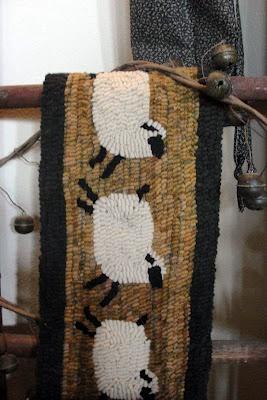 sheep runner...gotta make this one for brooke =)