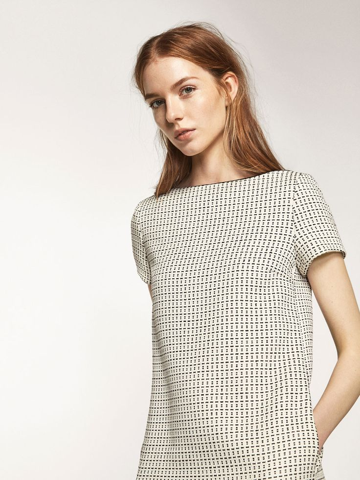Spring summer 2017 Women´s JACQUARD TEXTURED DRESS at Massimo Dutti for 999. Effortless elegance!