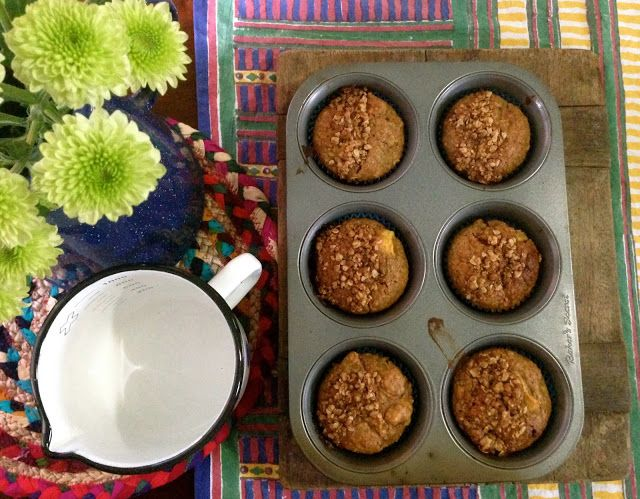 Mother Down Under: Oatmeal Peach Muffins