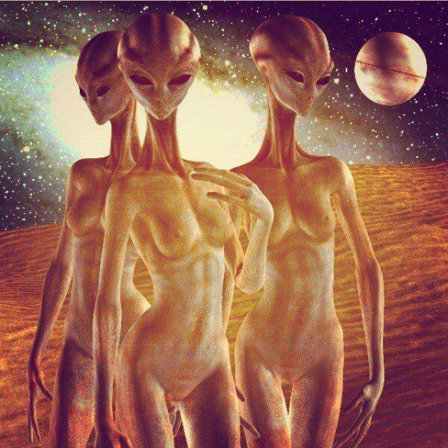 PARTAGE OF OMÉGA OVNIS UFOS.........ON FACEBOOK.........