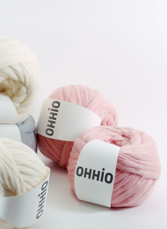 Arm knitting yarn! $59 for 1kg. 2kg needed for a 30x50 blanket