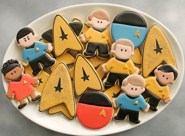 Star Trek Cookies - totally adding this to my list of cookies to have when I have my nerdy cookie biz