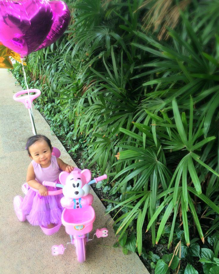 1st Birthday Outdoor Photoshoot taken by mom- Nuraini Ithnin