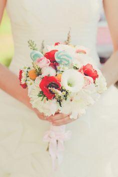 渦巻きキャンディーがとってもキュート♡結婚式のブーケトスのアイデア♡参考にしたいウェディング・ブライダル♪