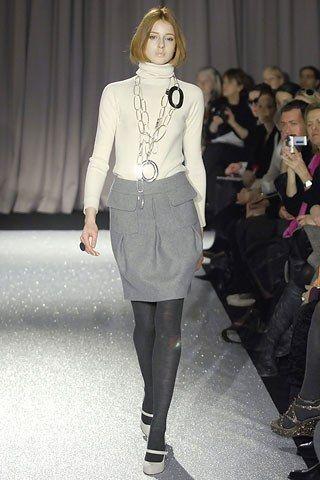 Martin Grant Fall 2007 Ready-to-Wear Fashion Show - Kelly (MADISON)