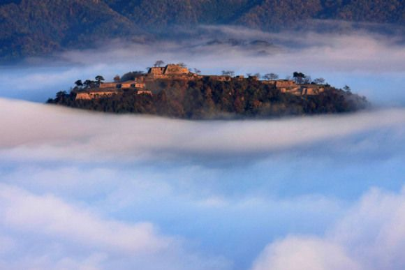 Takeda Castle, also known as the Castle of the Sky is located in Asagoshi City, Hyogo Prefecture.