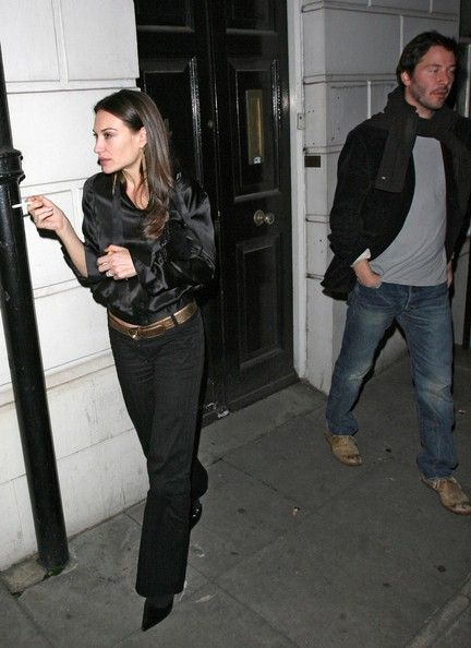 Keanu Reeves And Claire Forlani Out For Dinner At The Wolseley Restaurant - Pictures - Zimbio