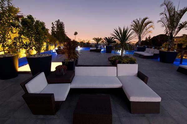 Rooftop terraceOutdoor Oasis, Beverly Hills, Californian Resident, Dreams House, Inspiration Californian, Backyards Spaces, Los Angels, Rooftops Patios, Bachelor Pads