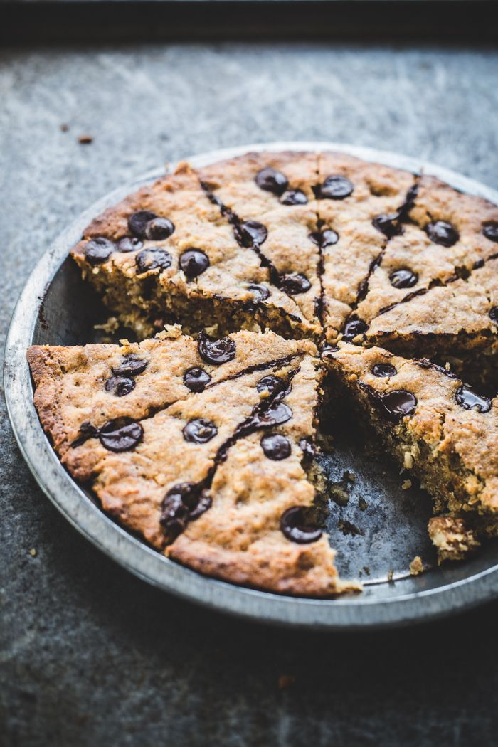 Banana pecan coconut and chocolate chip blondie recipe for Chocolate coconut pecan pie recipe