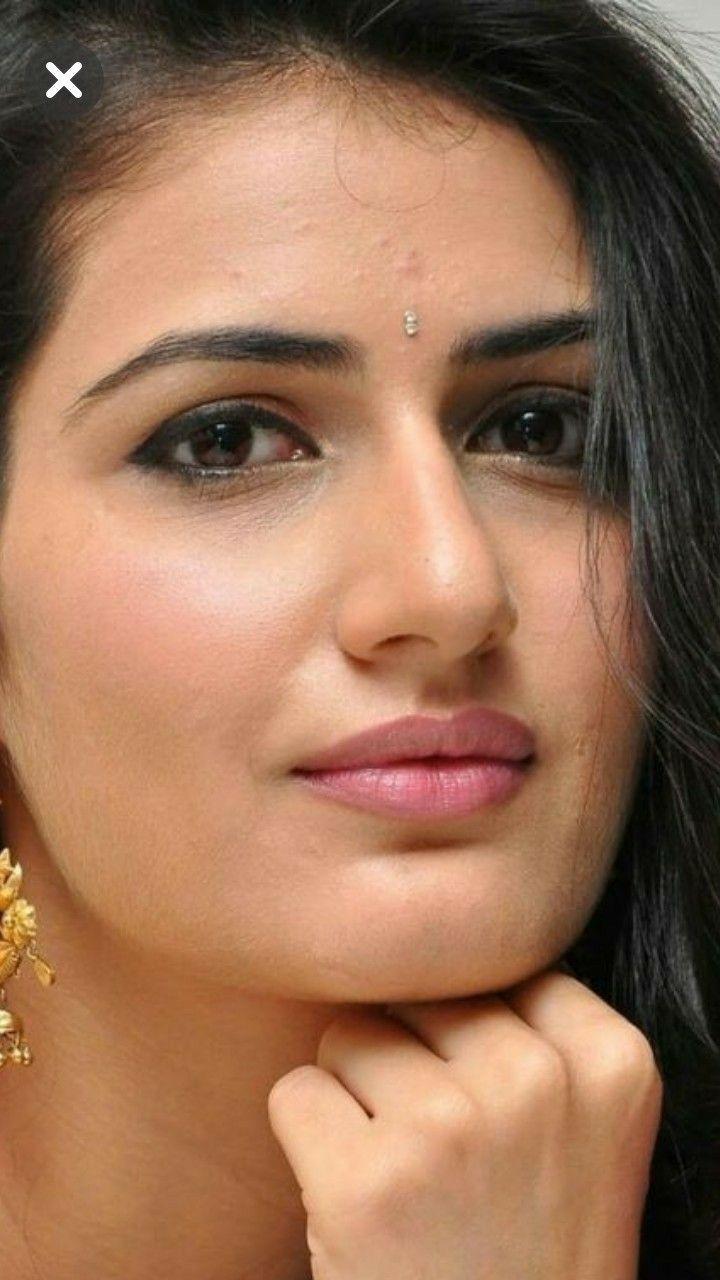 Celebrities With Acne India Beauty Women Beautiful Women Naturally Most Beautiful Indian Actress