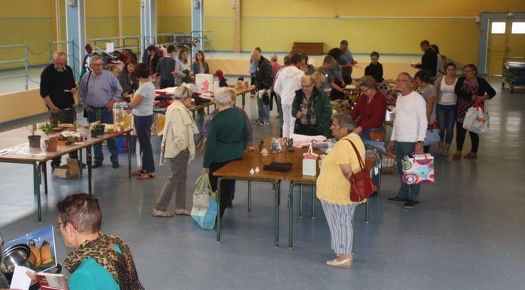C'est un concept rare en Normandie : l'association Aujourd'hui Demain à Valognes propose une gratiferia, ce dimanche 27 septembre. Une sorte de vide-grenier où tout est gratuit.