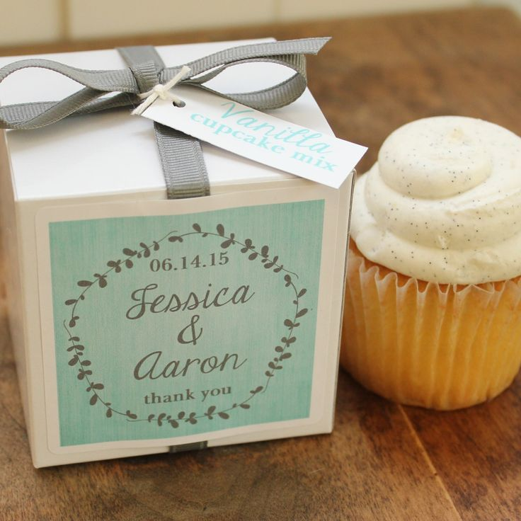 14 Unique Wedding Ideas - MODwedding - love the idea of cupcakes as wedding favor