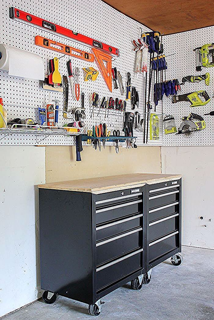 Create A One Stop Workshop In Your Garage With This Diy Mobile Workbench And Peg In 2020