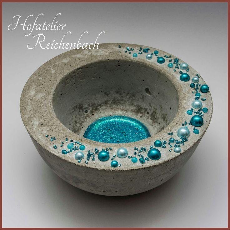 Betonschale mit blauen Perlen Teil 2 / Concrete bo…