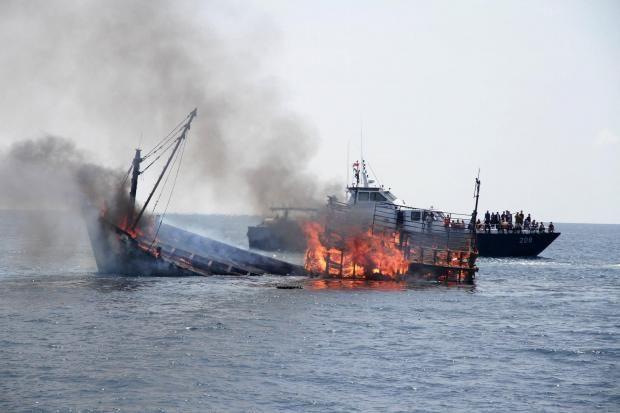 Saat ini, Kementerian Kelautan memproses 139 kapal yang terbukti melakukan illegal fishing. Ratusan kapal itu terjerat 159 kasus pelanggaran aturan hukum penangkapan ikan.