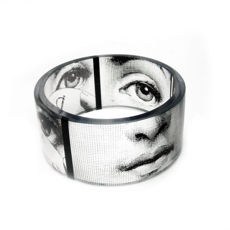 Bangle, bracelet, chunky, resin, Fornasetti, Black and White chunky resin bangle, photo bangle by BuyMyCrap. $40,00, via Etsy.