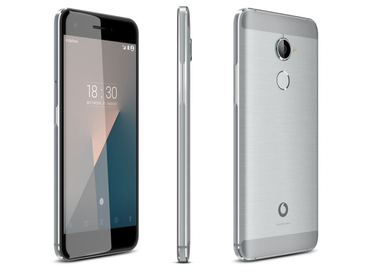 A Vodafone Portugal deu início à venda de uma nova gama de telemóveis fabricada pela empresa. Os novos Vodafone Smart 8 surgem em três versões: Smart N8, Smart V8 e Smart E8, e que chegam às lojas até ao final do mês de junho. A sofisticação tecnológica foi a grande aposta da empresa que incorporou novos processadores mais rápidos e mais potentes assim como novas configurações de memória.