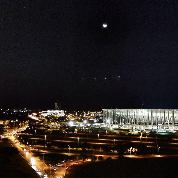 Estádio Nacional Mané Garrincha. Eixo Monumental.