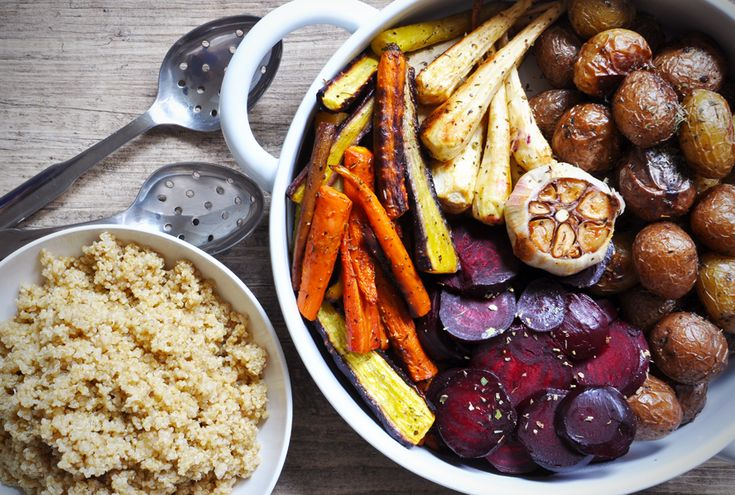 Colourful roasted #vegetables with garlic quinoa