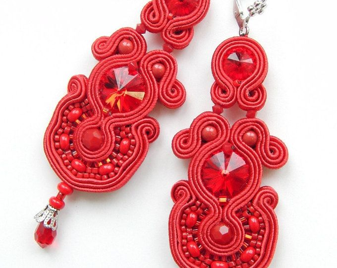 Browse unique items from Violetbijoux on Etsy, a global marketplace of handmade, vintage and creative goods.