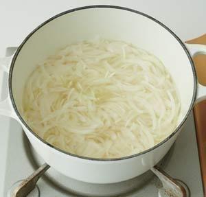 腸内「デブ菌」を減らす! 「酢たまねぎ」のレシピ【オレンジページ☆デイリー】料理レシピをはじめ、暮らしに役立つ記事をほぼ毎日配信します!