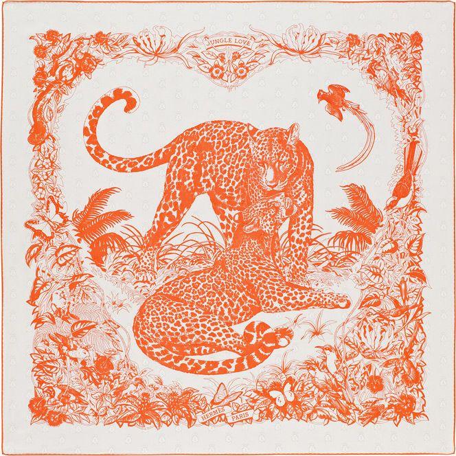 Jungle Love. Carré « Tatouage » en twill façonné motif Abeilles 100 % soie, roulotté à la main (90 x 90 cm). Impression monochrome, comme un tatouage by Hermes