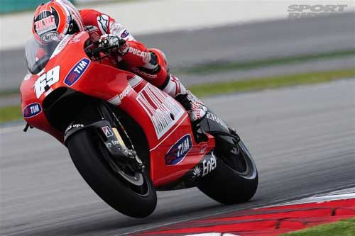 Nicky Hayden Still has confidence in his Ducati Team, even with the announced departure of Valentino Rossi. (SportRider.com Photo)