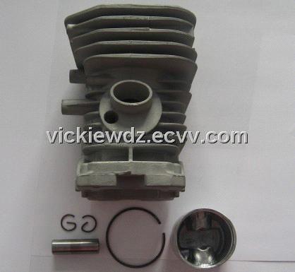 Gasoline Chainsaw Husqvarna 137 Cylinder Assy (137F,Hu137) - China cylinder, Panfeng