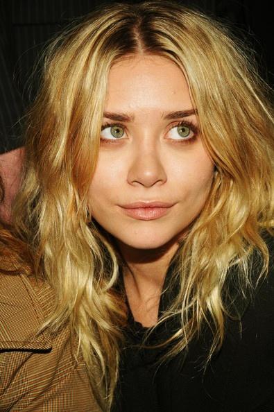 Make UpOlsen Attendant, Ashley Olsen