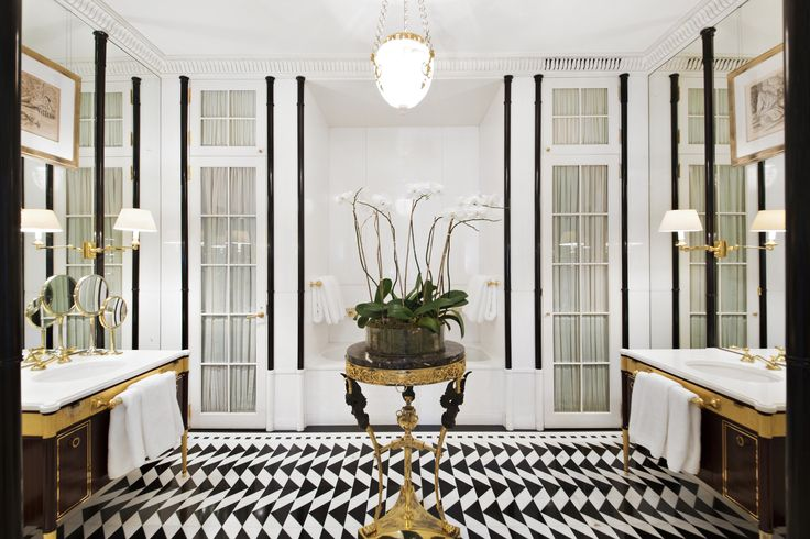 See more @ http://www.bykoket.com/news/interior-design/peter-marino-revamped-luxury-mansion-on-the-upper-east-side