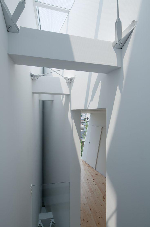 'house in tamatsu' by ido, kenji architectural studio, osaka, japan
