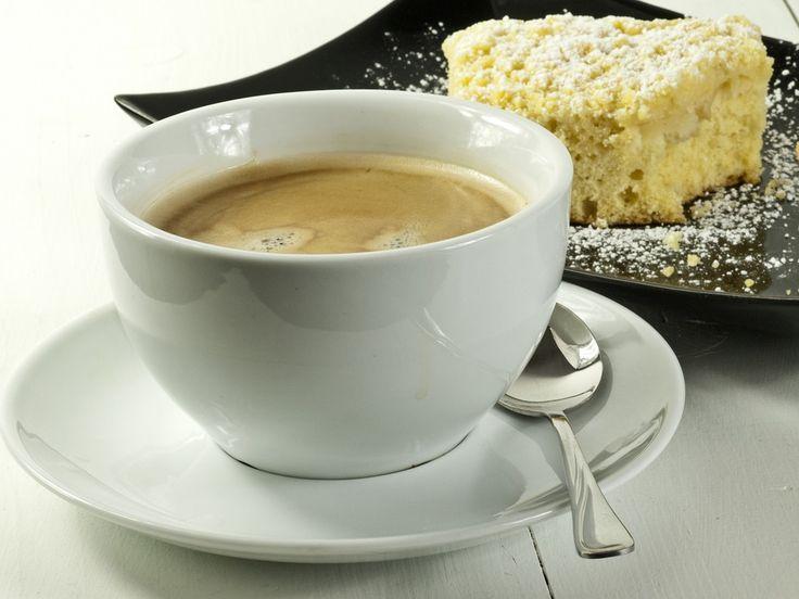 Dzień dobry! A może tak zacząć dzień od pysznej, aromatycznej kawy podanej w pięknej filiżance?  W tak subtelnej i delikatnej oprawie każdy poranek będzie wspaniałym rozpoczęciem dnia