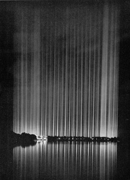 Cathedral of Light, Nuremberg  //  Albert Speer (Hitler´s architect)