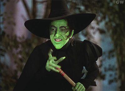 """Encontraron un parque temático de """"El mago de Oz"""" y lo que se encuentra dentro es ESPELUZNANTE - Para Los Curiosos"""