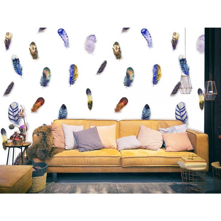 Stai pensando come ravvivare le pareti bianche? La carta da parati con le piume colorate donerà un tocco di design al tuo ambiente #cartadaparati #cartedaparati #piumecolorate #decorazionediprimavera #artgeist