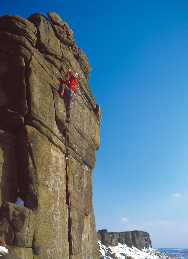 @activepeak #peakdistrict Stanage - The queen of grit. The longest, finest outcrop of the best, most unique rock Britain has to offer.