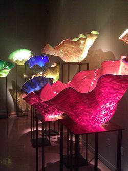 Glaskunst i Småland | Glass art in Småland http://www.bighousesscandinavia.com/blog-dk/hytteferie-i-smaland-sommerhusferie-i-smaland-sommerhus-med-egen-s