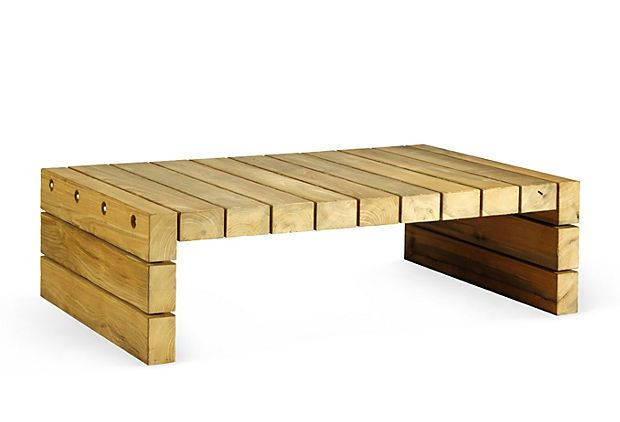 Inspiration for DIY outdoor bench from pallet wood!