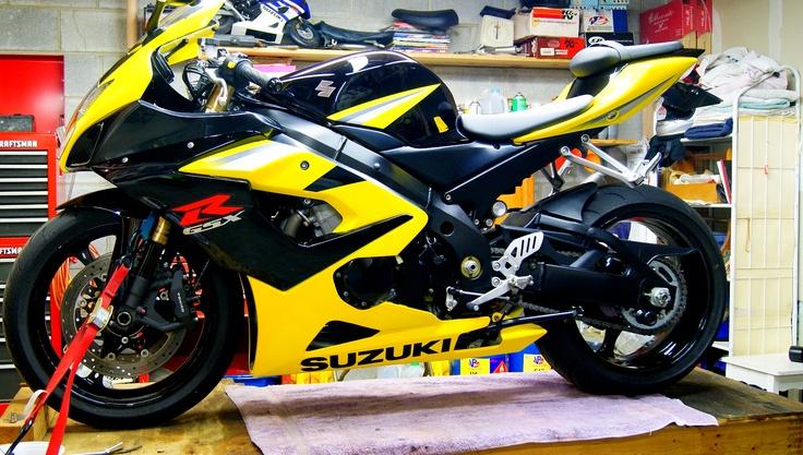 2005 GSXR 1000 - http://get.sm/6wqDqzM #wera Suzuki