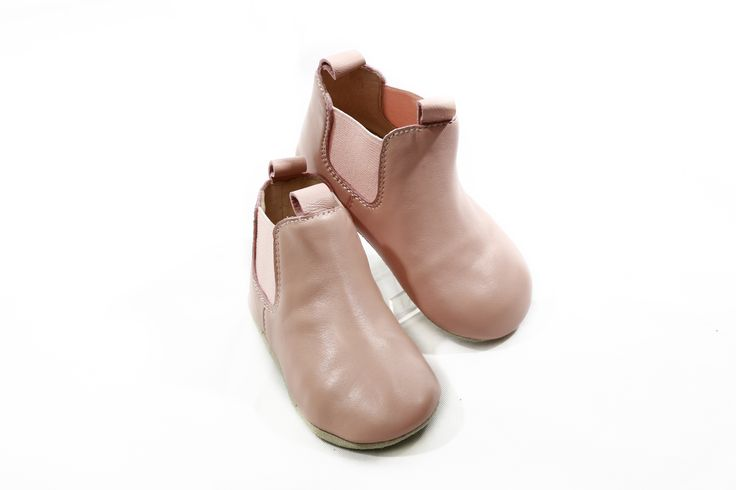 Skeanie   Riding Boots   Pink Our Skeanie leather riding boots for babies are made of buttery soft leather in a gorgeous soft pink.