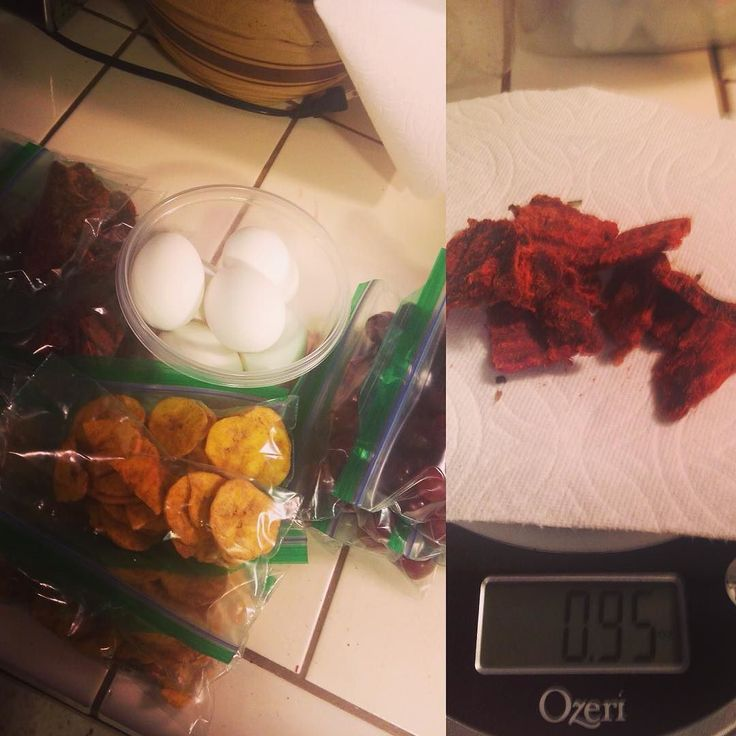 Snack prepping like a pro now that I have a food scale lol! I'm not quite up to the point that I'm ready to #mealprep but I'm working on portion control for my snacking which I'm keeping super  healthy. This week we have red grapes plantain chips from TJ's hard boiled eggs and Krave jerky! #snacks #cleaneating #lowcarb #paleo #hardboiledegg #jerky #kravejerky #plantains #grapes #healthyeating #healthierme #thisisnotadiet #thisislife #keepgoing #nevergiveup #highprotein #portioncontrol…