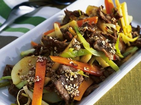 15 minute wok with reindeer and sesame seeds