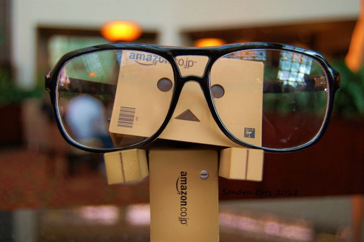 Sometimes Danbo is proud to be a geek !!!! ...... by Yuffie1972.deviantart.com