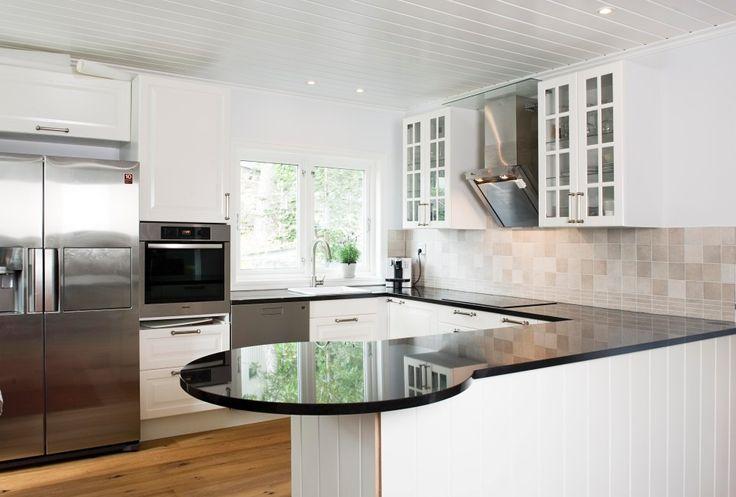 Har du bestilt deg nytt kjøkken ?Eller har du et ønske om å oppgraderebenkeplaten? : Naturstein Montering AS
