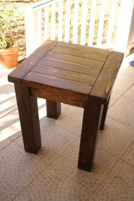 Free rustic end table plans woodworking projects plans for Do it yourself woodworking plans