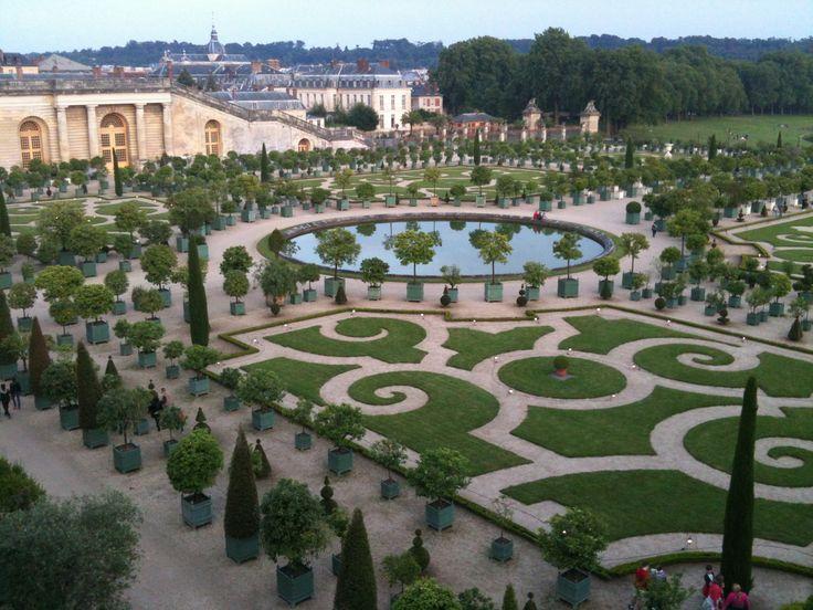 Jardin de l'orangerie du château de Versailles