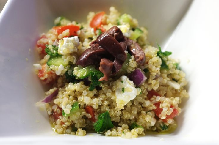Just made this and it's so good! Taste just like Zoe's quinoa salad!