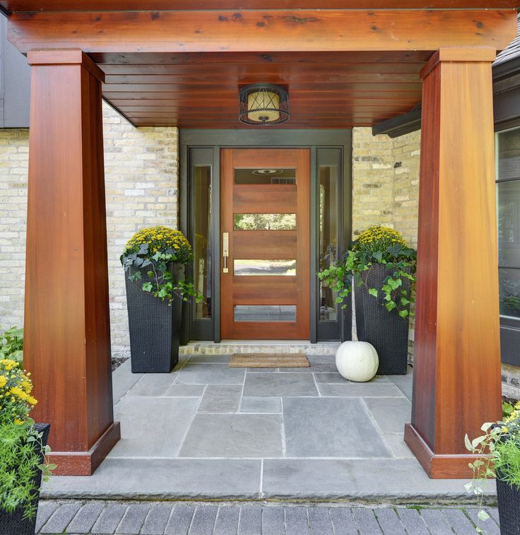 Garage Door Landscaping Ideas: 1000+ Ideas About Front Door Landscaping On Pinterest