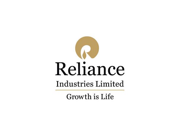 India's first private sector company to feature in the Global Fortune 500 list. The company that started the equity culture in India and became a cult. We were asked to create a fresh logo and identity. We chose to retain the equity by refurbishing rather than re-creating it.